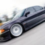 Ekstremalnie niskie BMW E38 w stylu stance