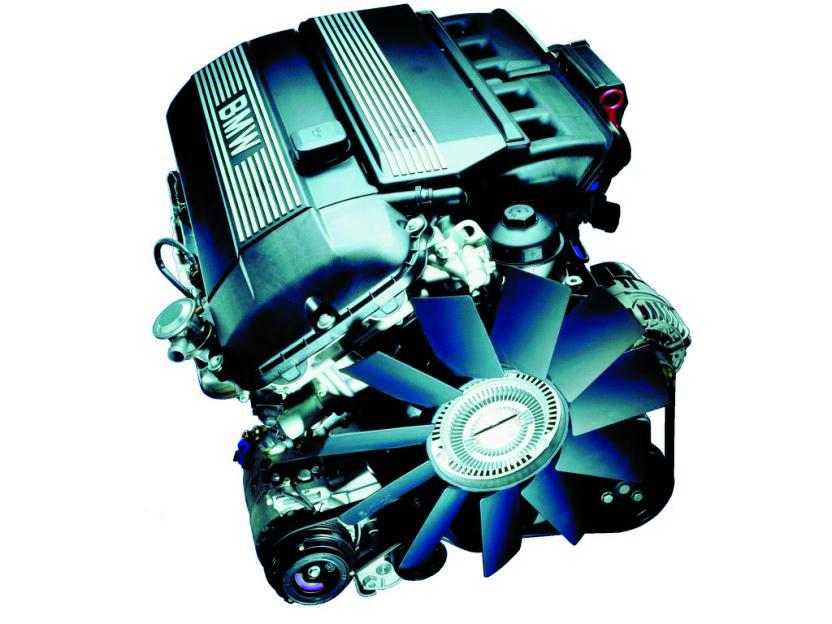 BMW-M54-330i-Engine
