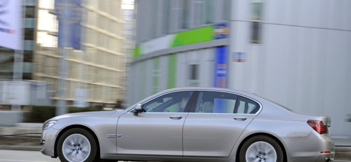 BMW_740d_F01