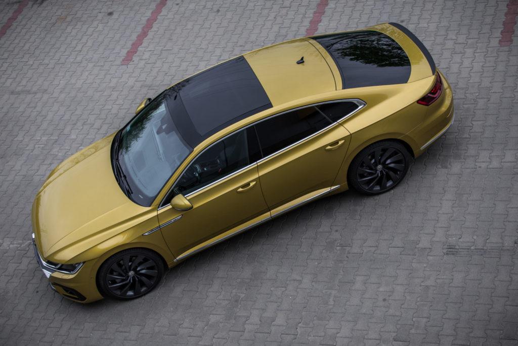 VW_Arteon_R-Line_2.0_TSI_4Motion