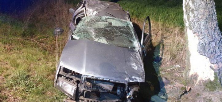 pijany kierowca dachował Skodą