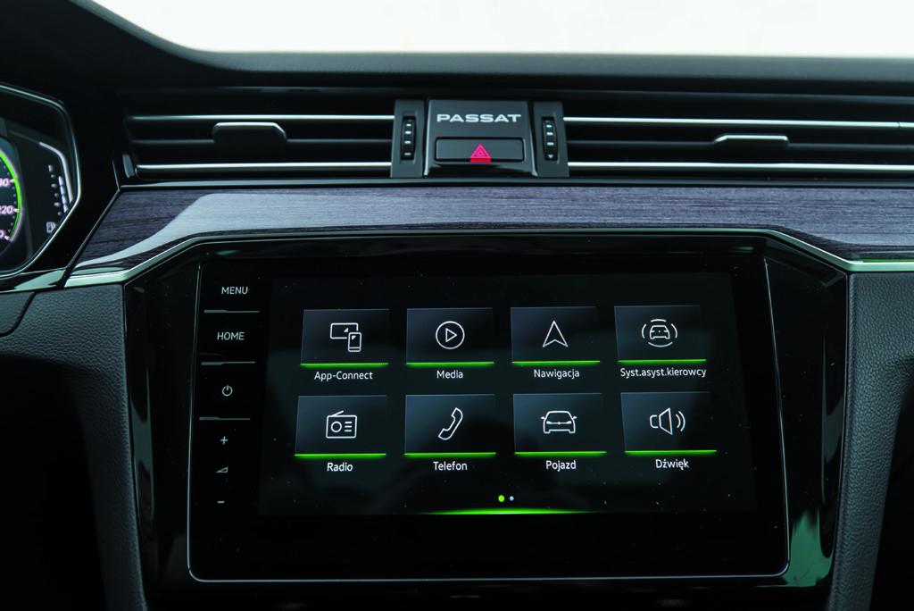 VW Passat Alltrack 2.0 TDI ekran panelu sterowania