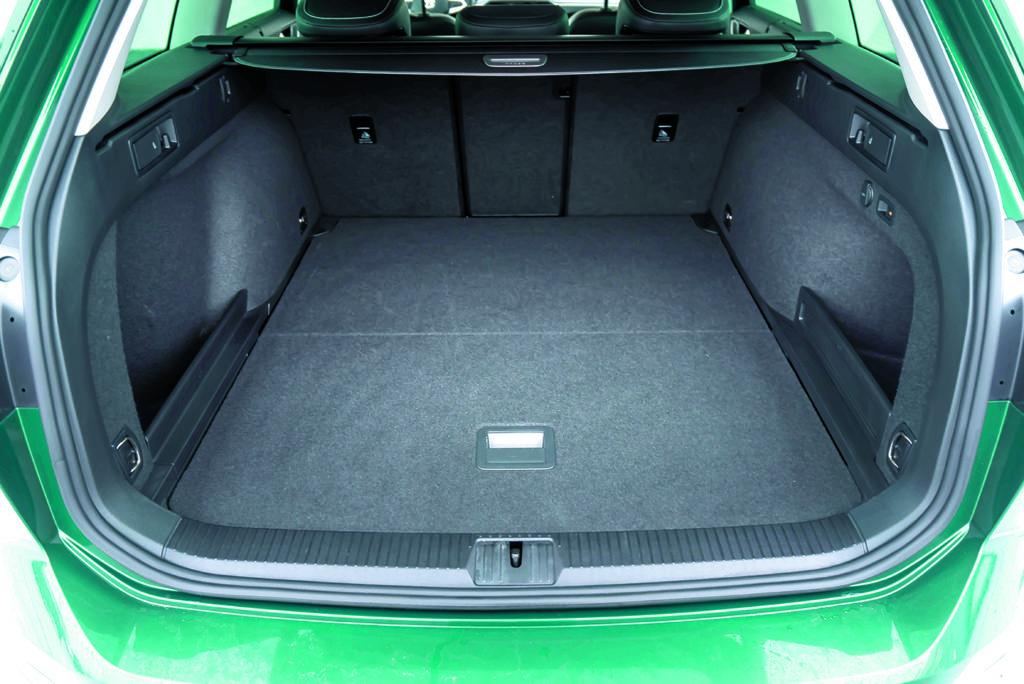 VW Passat Alltrack 2.0 TDI bagażnik