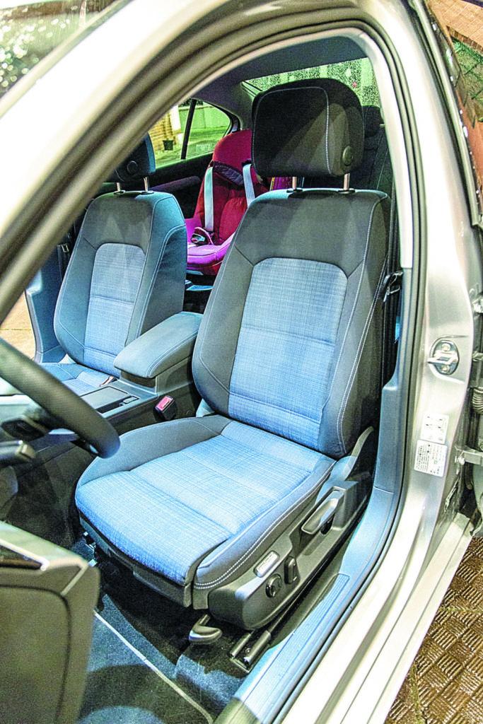 Fotel kierowcy-VW-Passat-B8-GTE