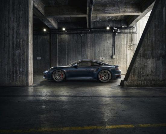 bok Porsche 911 Turbo
