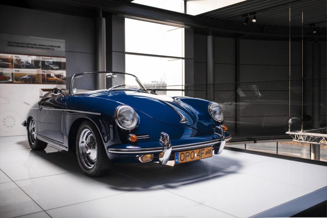 Porsche 356 Speerdser w salonie