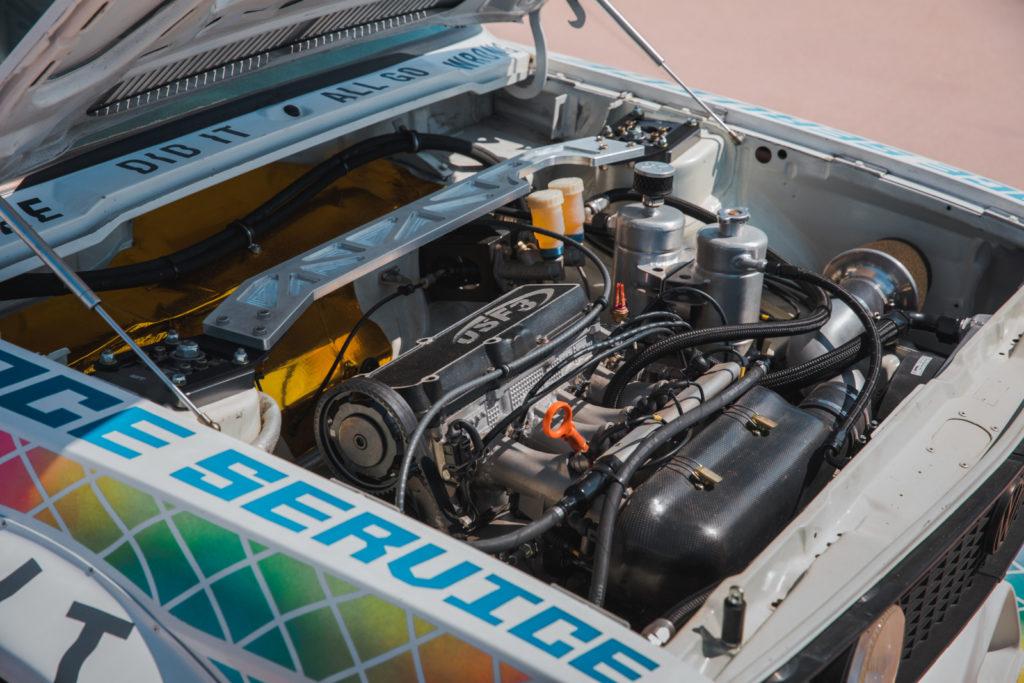 Tuning Scirocco 1 po amerykańsku widok silnika