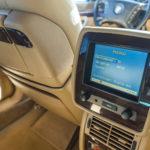 Komputer pokładowy na tylnym siedzenie BMW 750iL E38