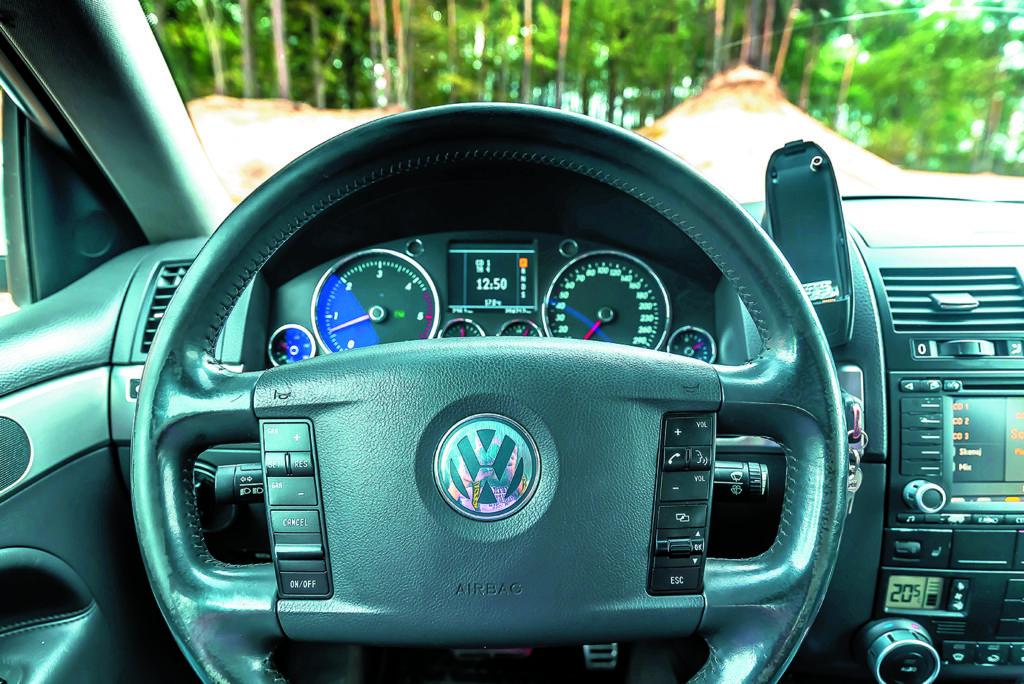 Kierownica i zegary VW Touareg I V10 TDI