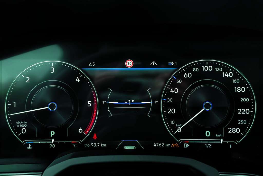 Zegary VW Touareg III V8 TDI