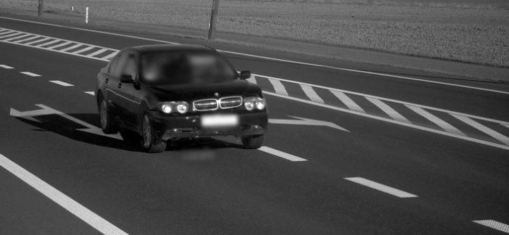 BMW 7 212 km/h radar