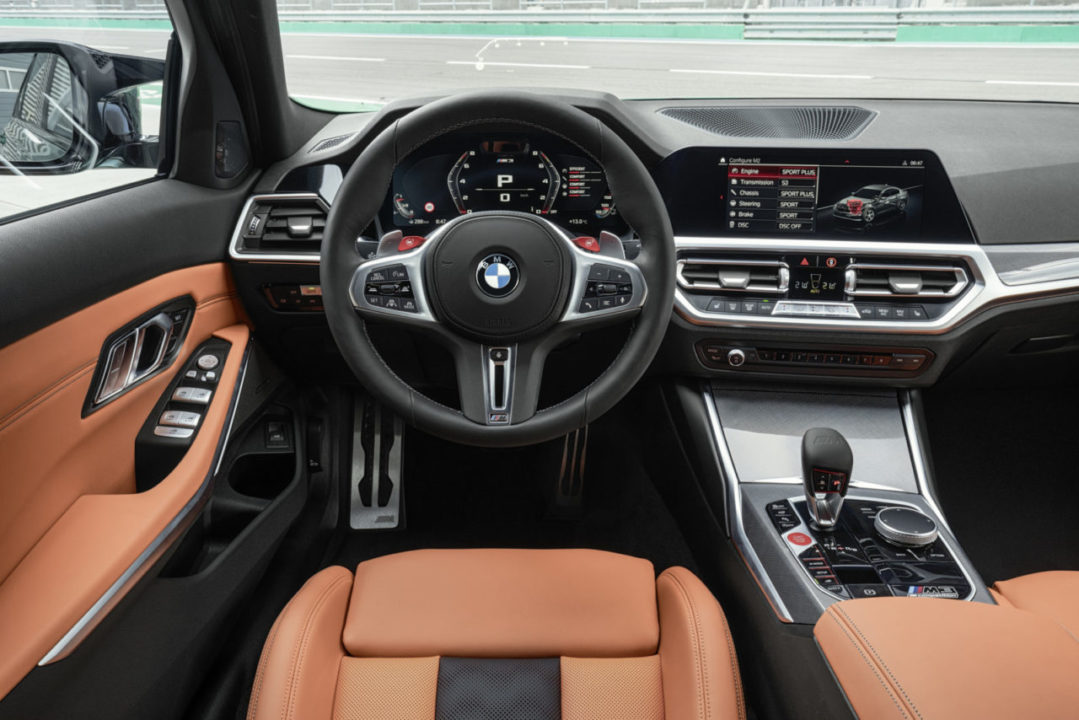 BMW M3 M4 2021 kokpit