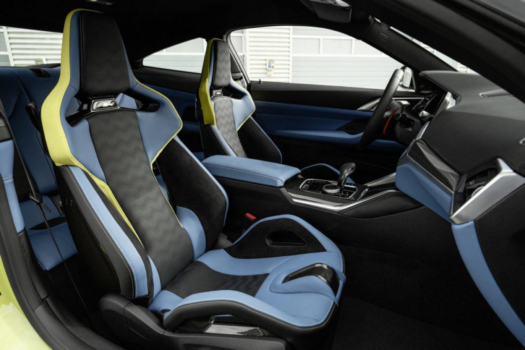 BMW M3 M4 2021 środek blue