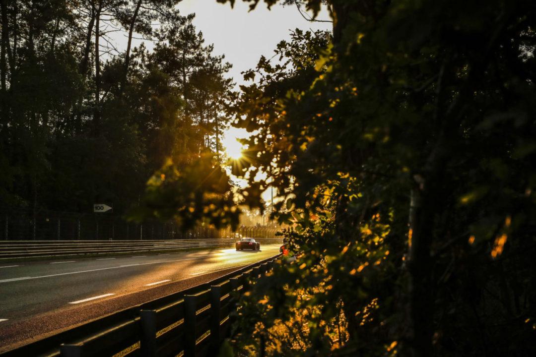 zachód słońca tor
