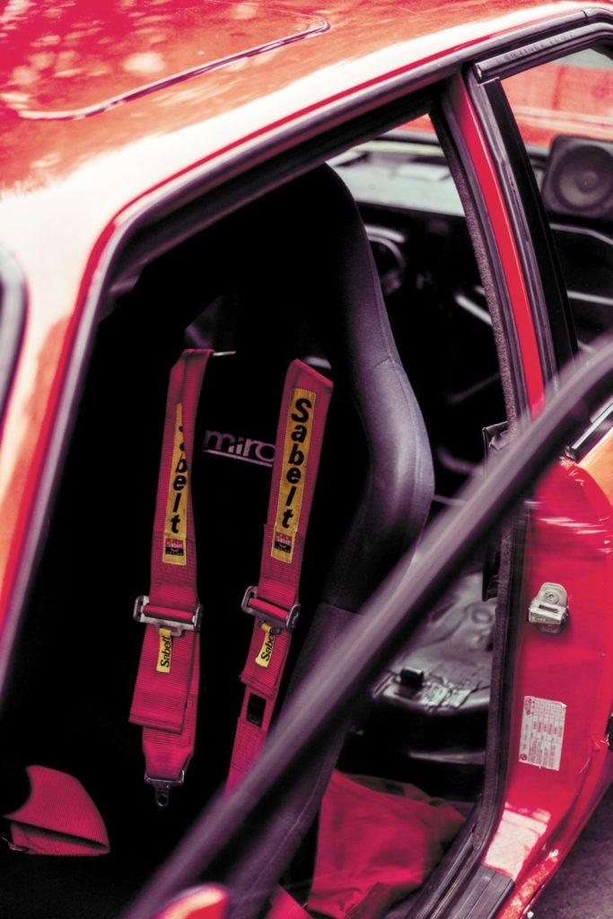 Tuning BMW E30 316i fotel kierowcy