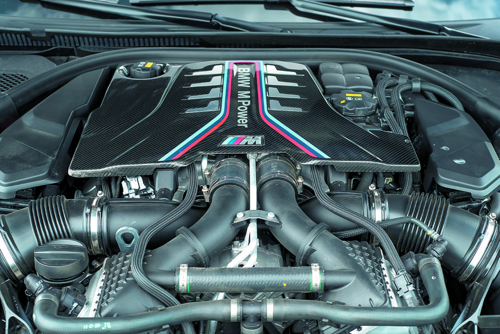 BMW M5 F90 Competition silnik
