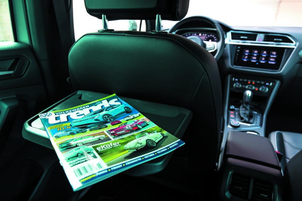 VW Tiguan 2.0 TSI półka dla pasażera