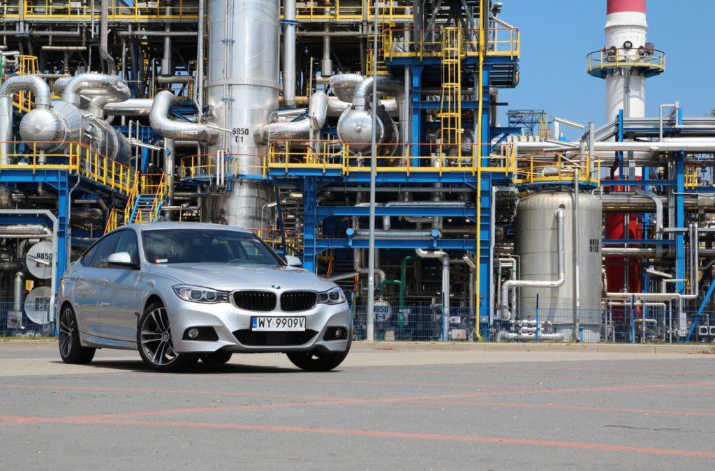 BMW 3 GT F34 330d widok z przodu