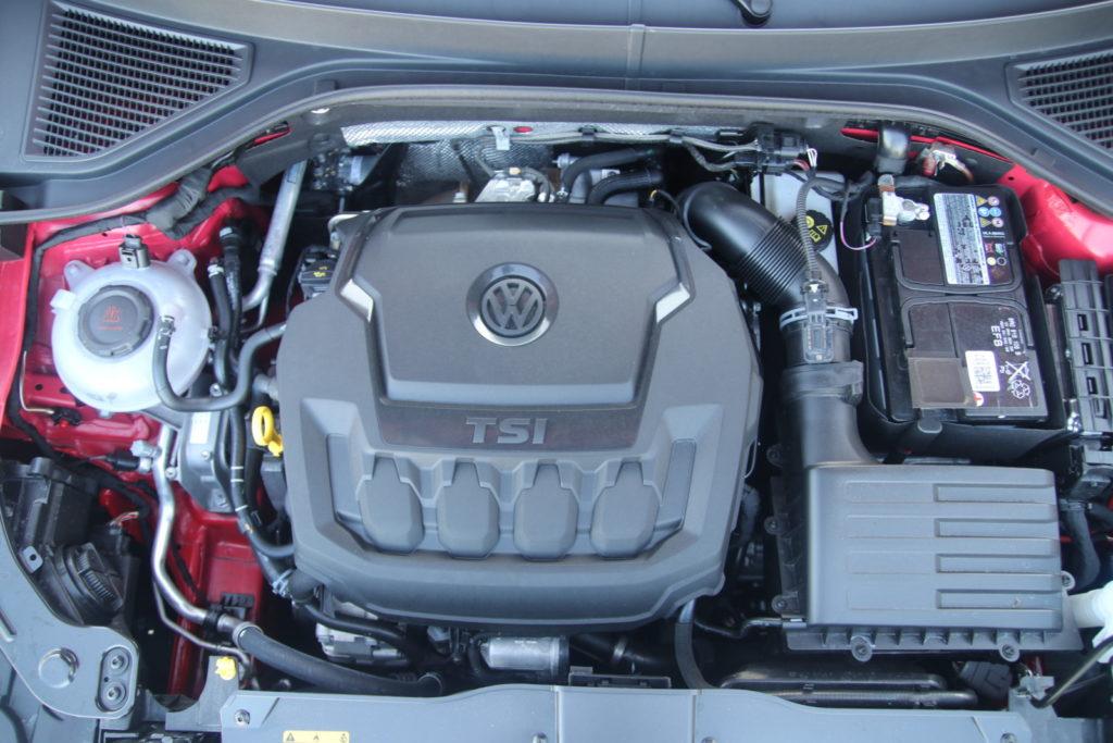 VW T-Roc 2.0 TSI silnik