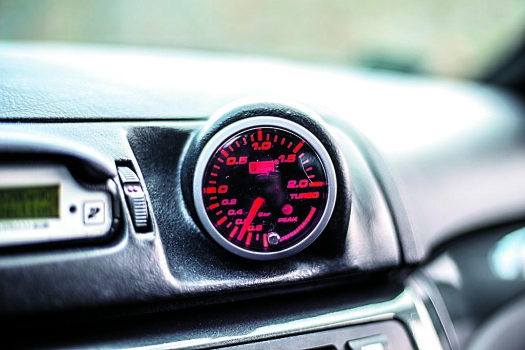 BMW E46 320d tuning wskaznik turbo