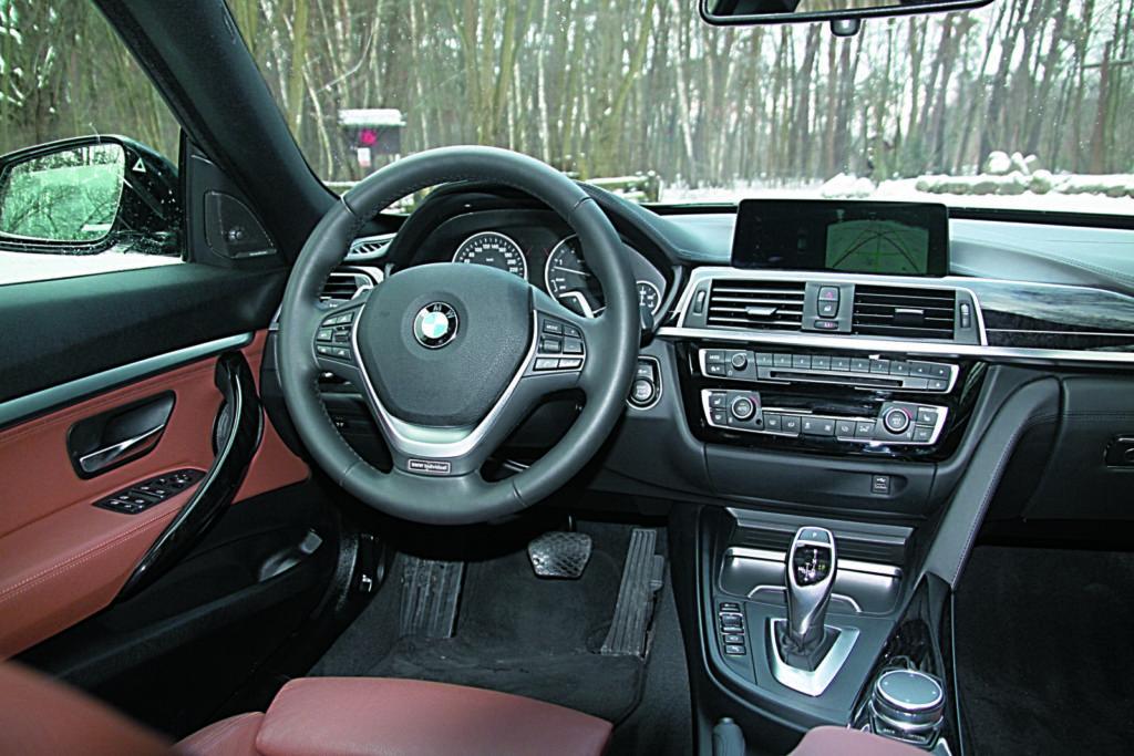 BMW 3 GT F34 330d kokpit