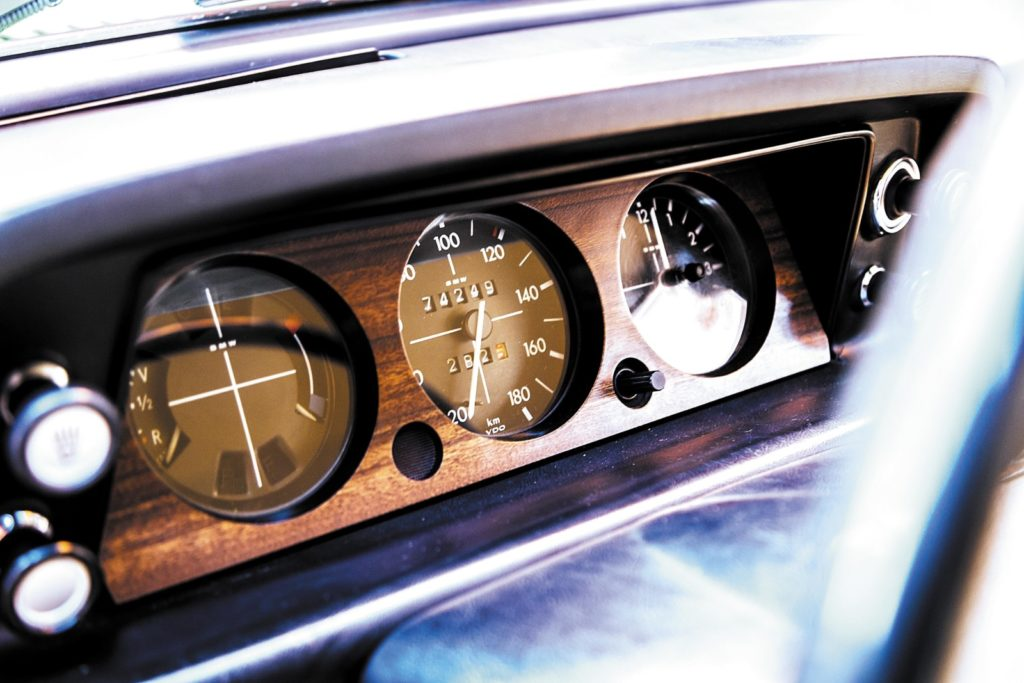 BMW 1502 zegary