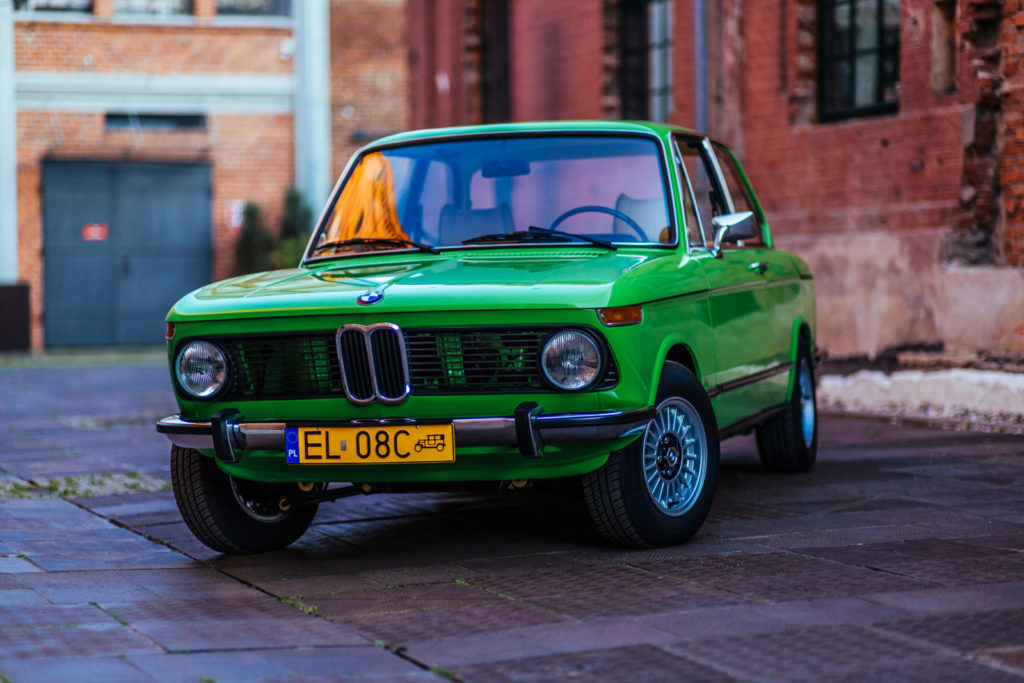 BMW 1502 widok z przodu