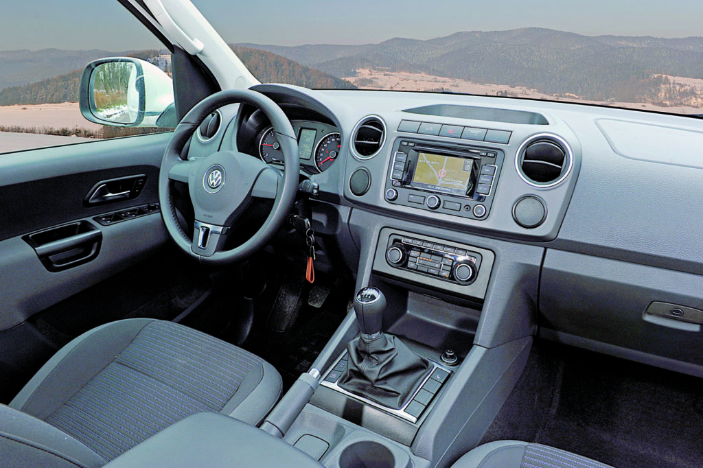 VW AMAROK deska rozdzielcza