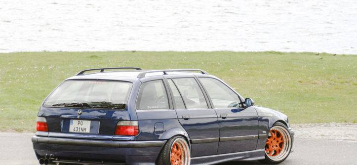 Tuning BMW E36 Touring widok z tyłu