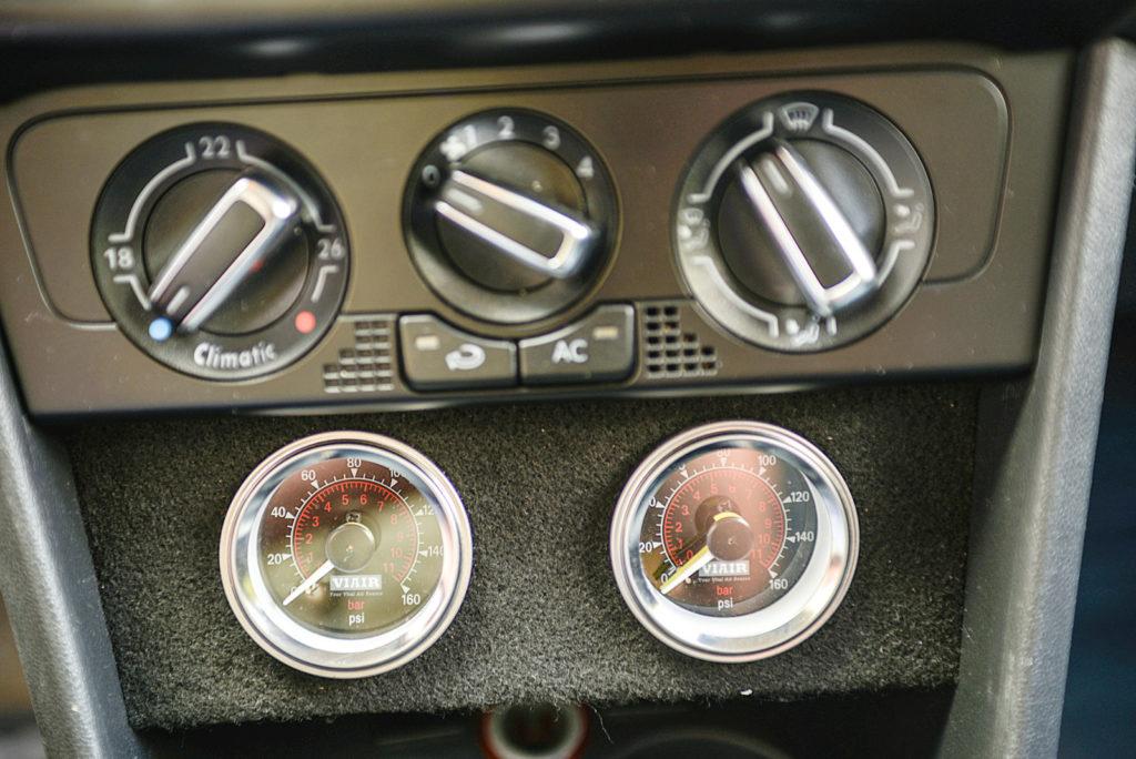 Tuning VW Polo 6R zegary VIAIR