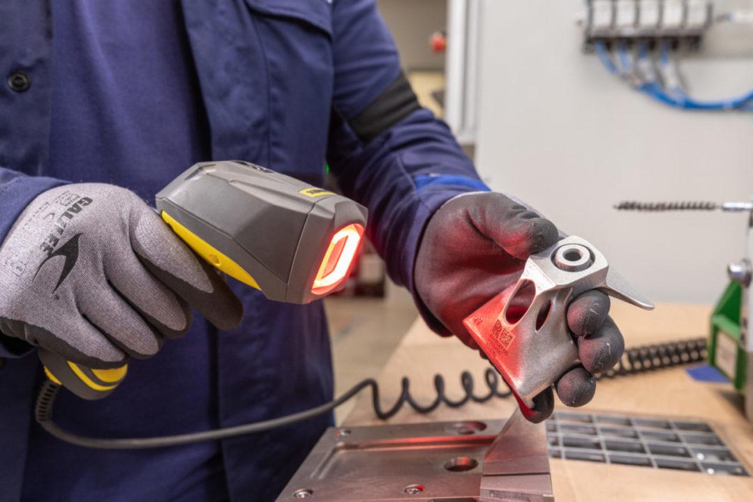 BMW 3D drukowanie fabryka elementy produkcja_1