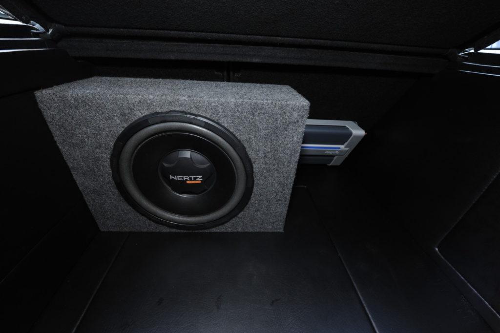 VW Golf III GTI Edition tuning car audio