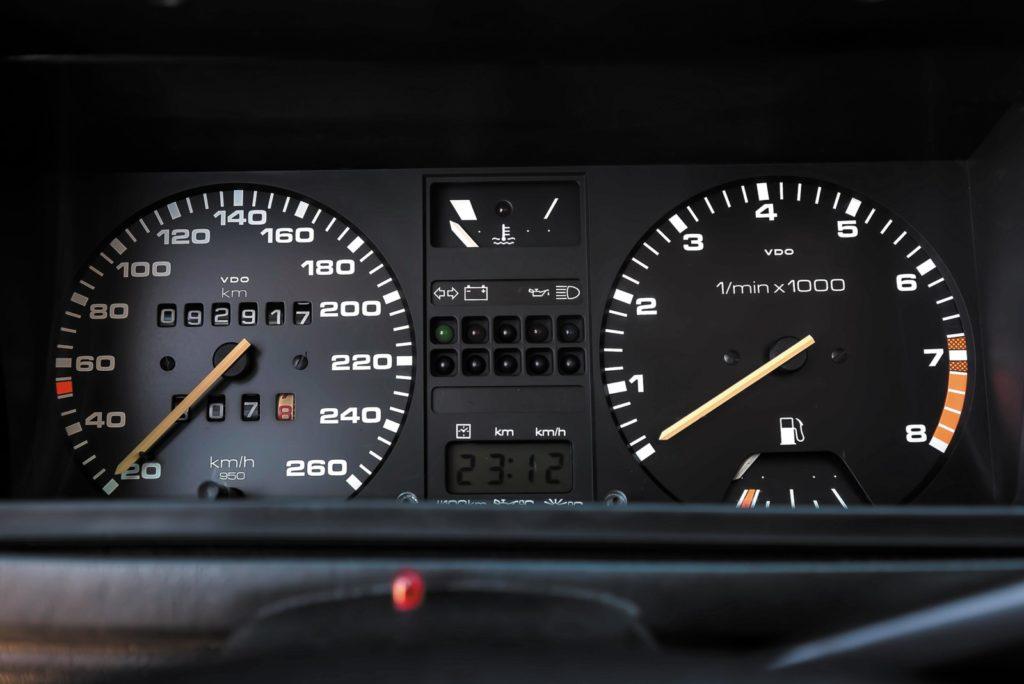 Tuning Scirocco GT II zegary