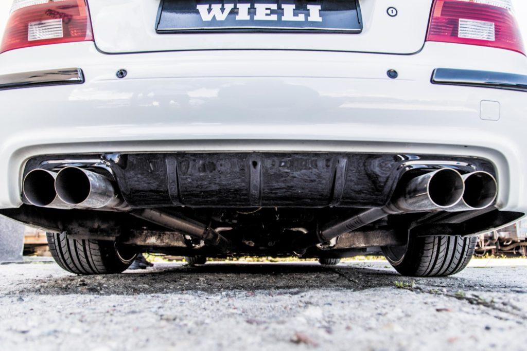 BMW E39 520i po tuningu układ wydechowy