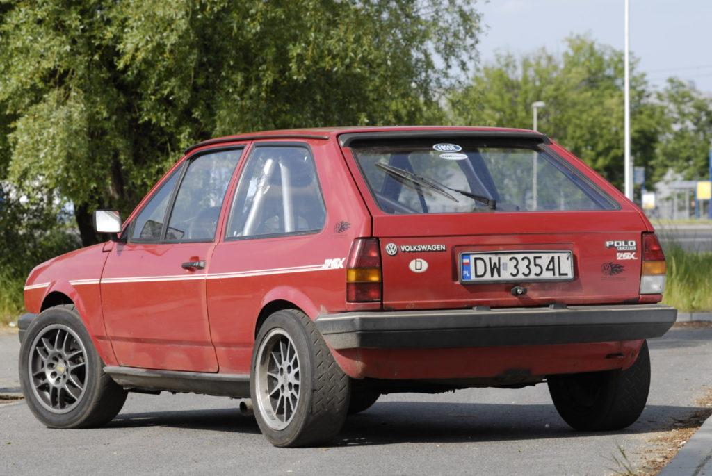 Tuning VW Polo 86C widok z tyłu