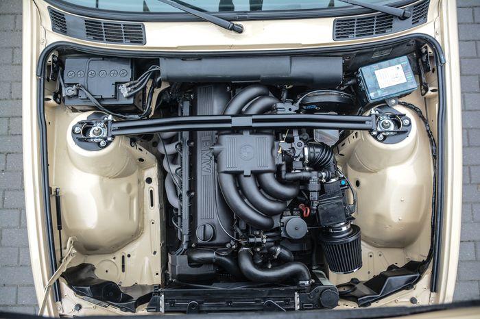 Tuning BMW E30 325i silnik M20B25 po swapie