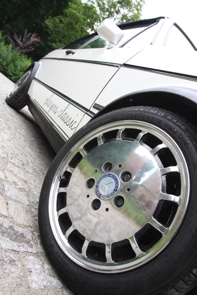 Tuning VW Golfa 1 cabrio koło z Mercedesa 124