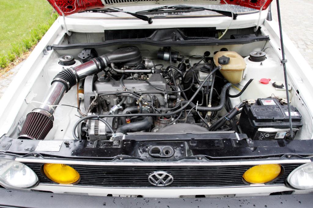 Tuning VW Golfa 1 cabrio silnik