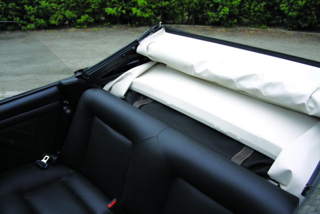 Tuning VW Golfa 1 cabrio złożony dach