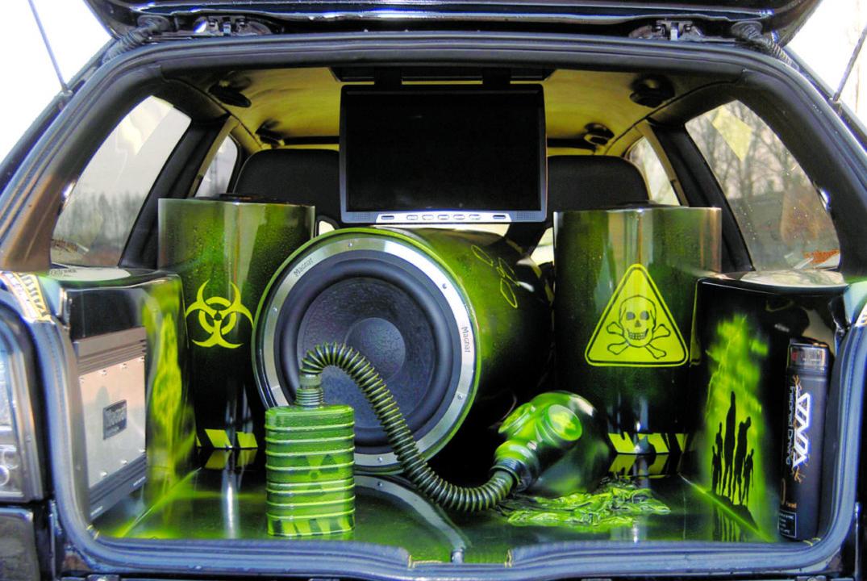 Tuning VW Golf III VR6 Turbo Syncro wnętrze bagażnika