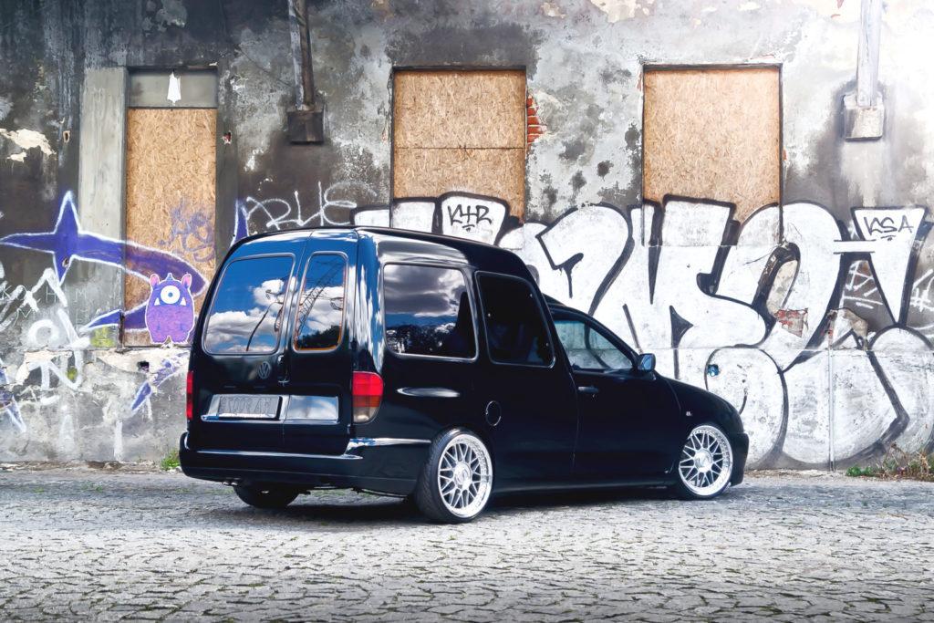 Tuning VW Caddy Mk1 widok z tyłu