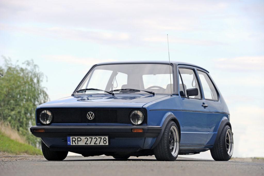Tuning VW Golf 1 widok z przodu