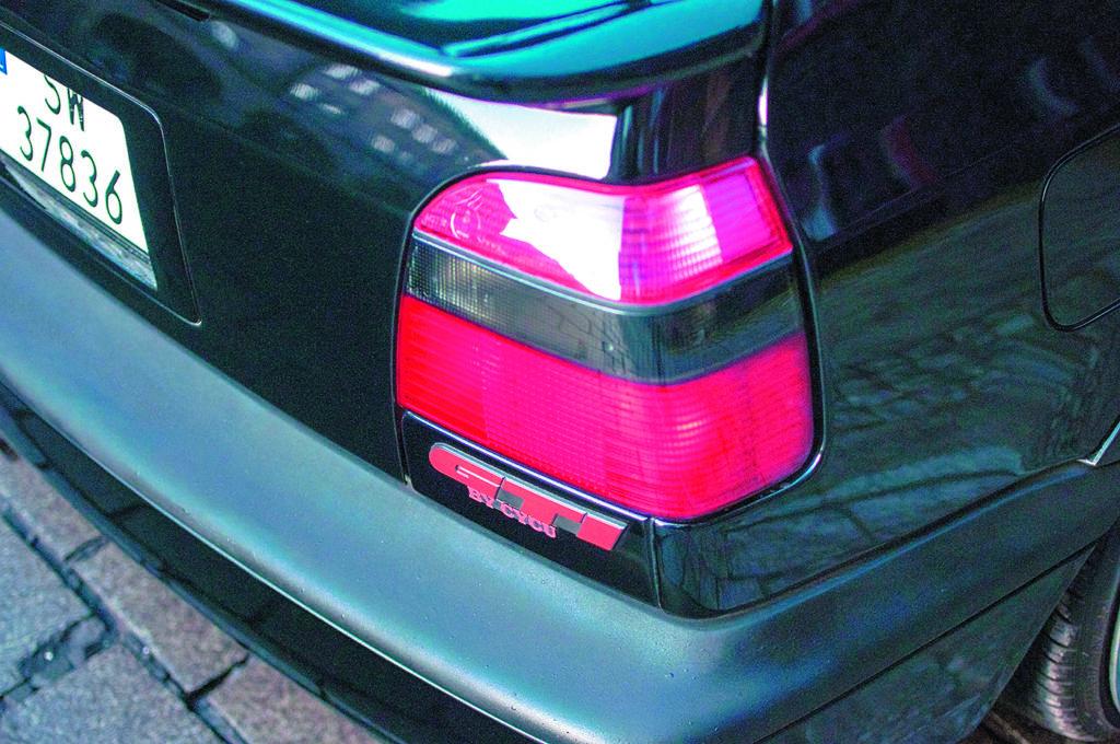 Tuning VW Golf 3 1.8 T tylna lampa i napis GTI by CYCU