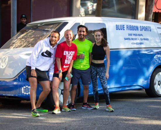 Firmowy VW Blue Ribbon Sports