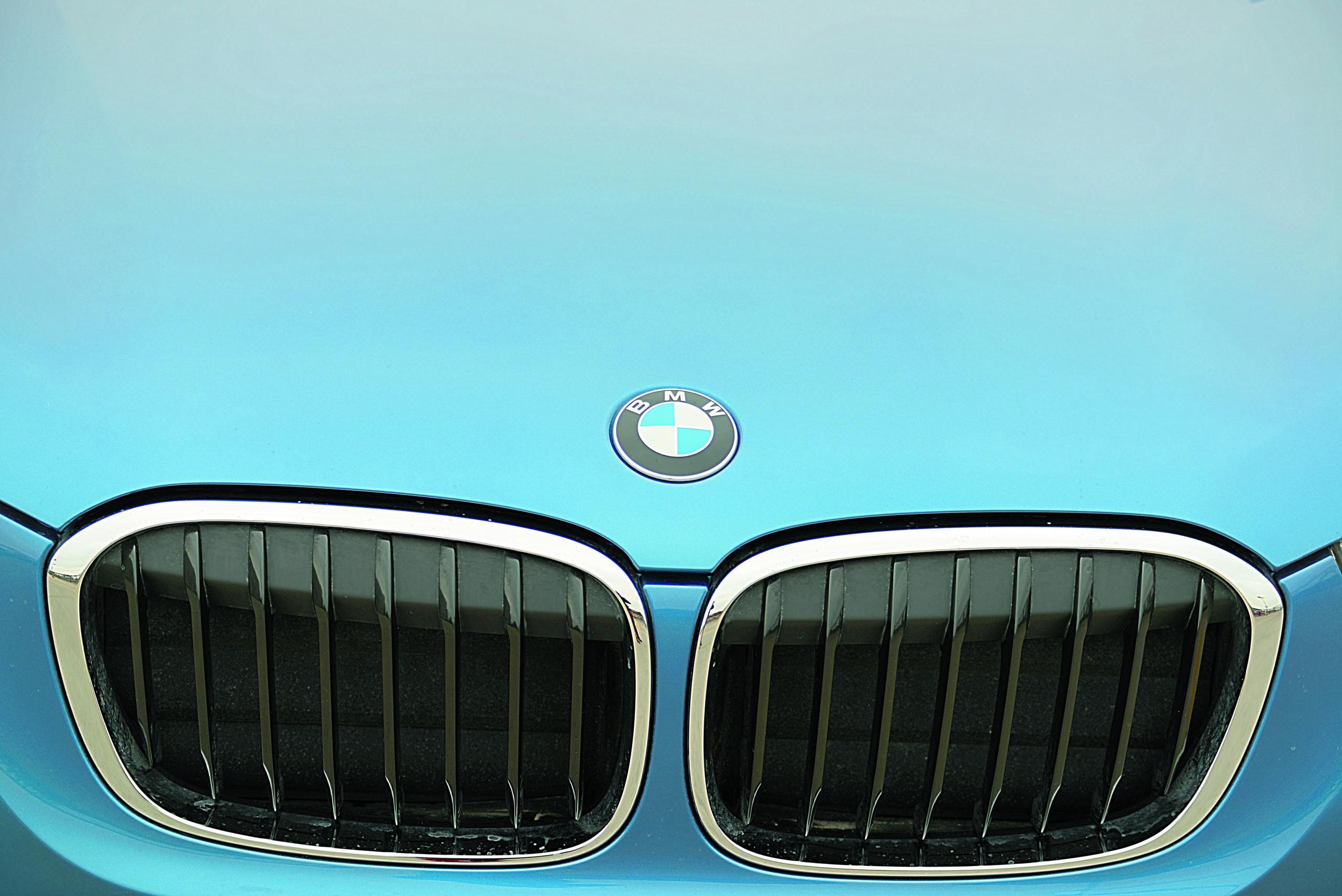 BMW-X1-xDrive-25d-grill