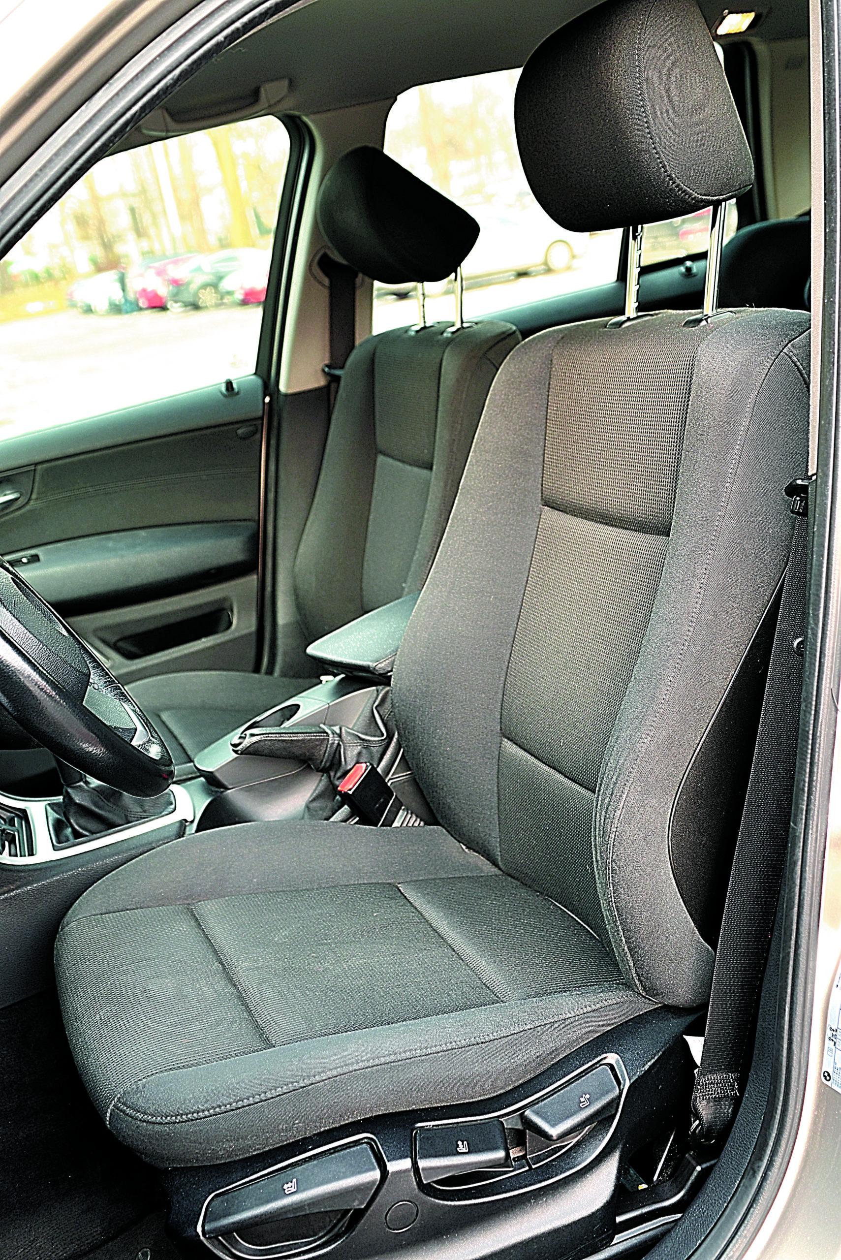 BMW-X3-20d-E83-fotel kierowcy