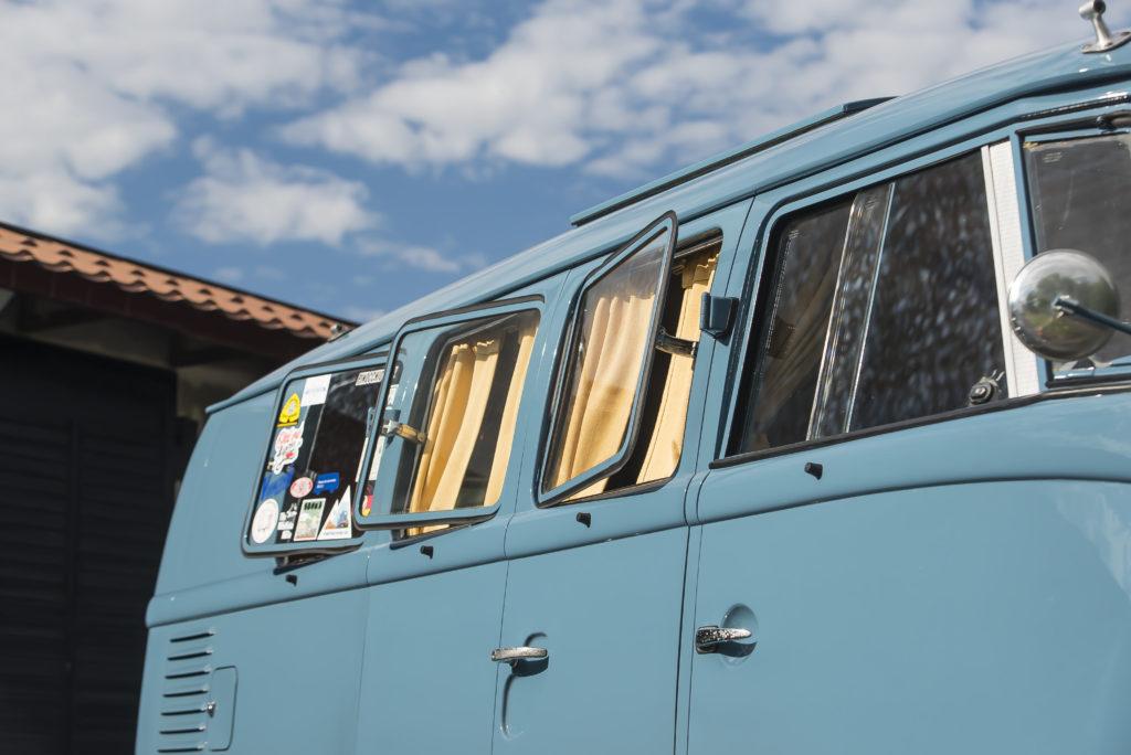 T1 Westfalia SO23 uchylne okna