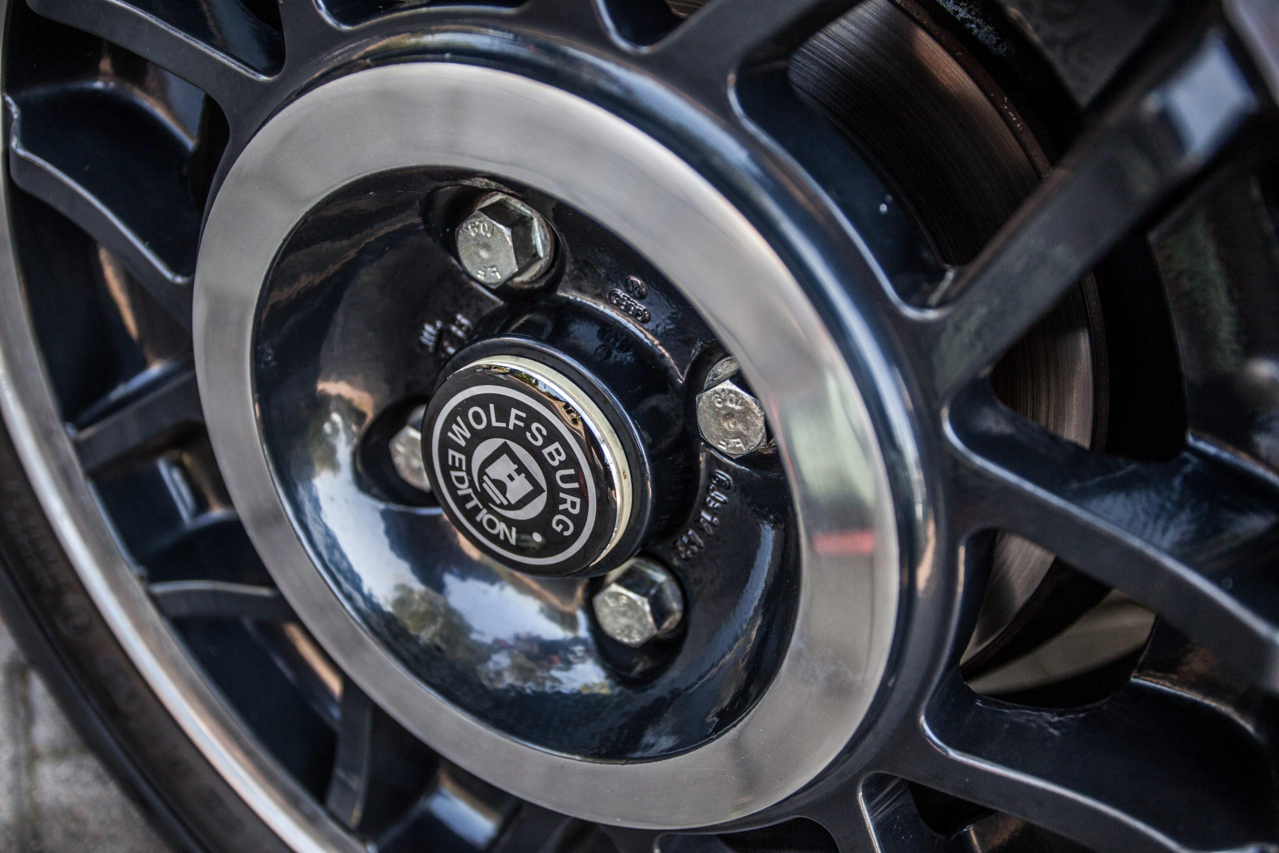 VW-Golf-Mk1-cabrio-GL-koło Wolfsburg Edition