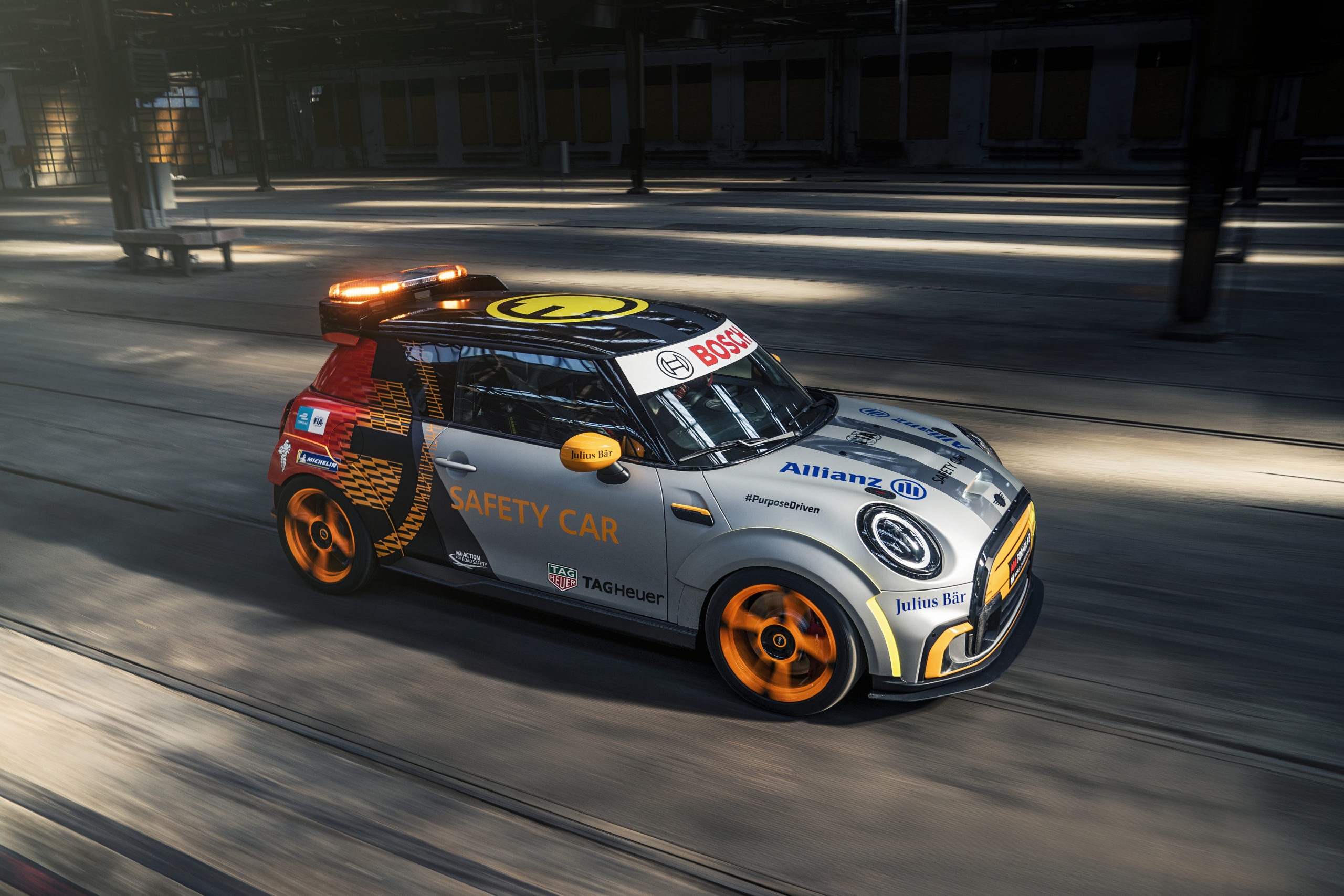 MINI Electric Pacesetter inspired by JCW