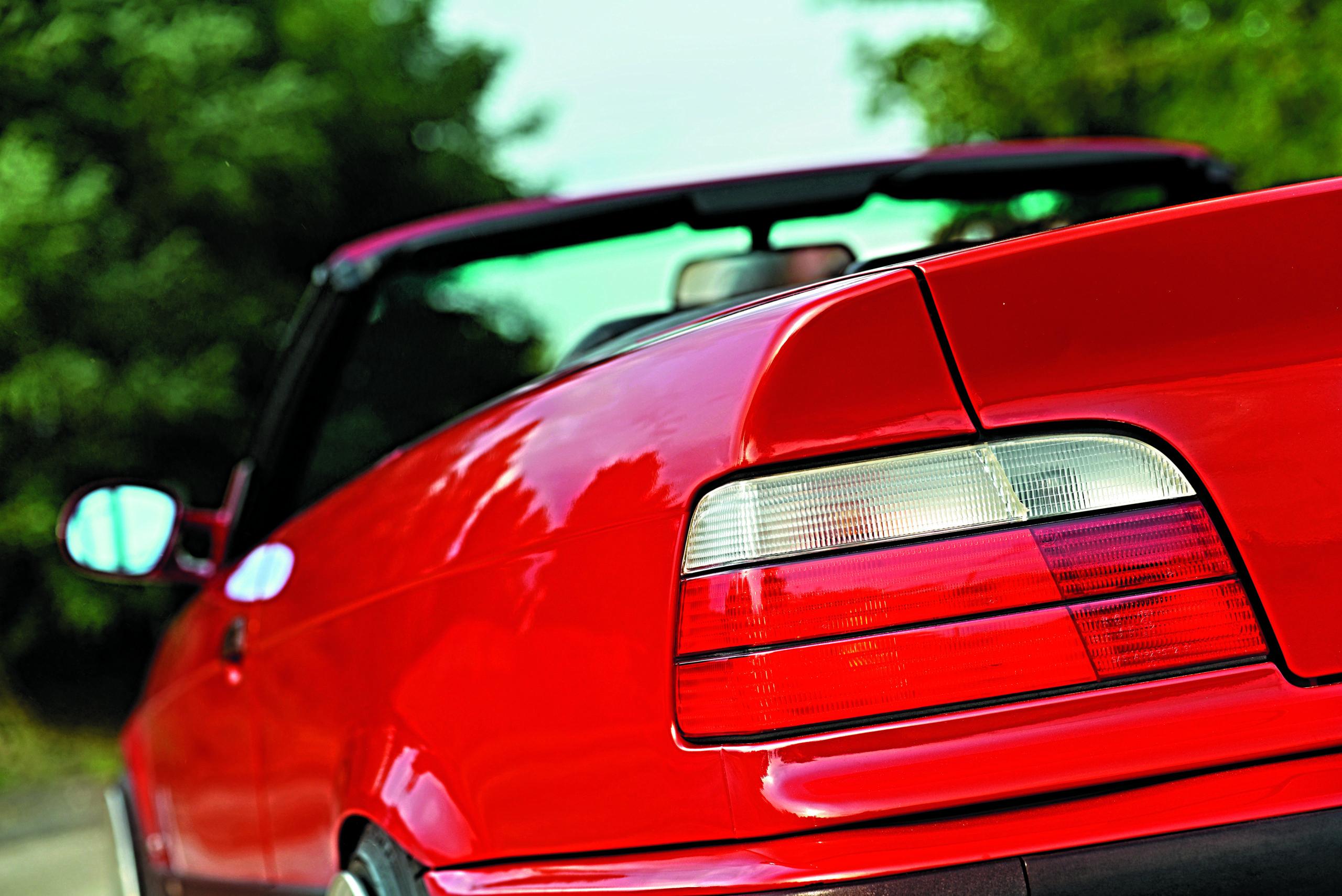 Tuning-BMW-E36-Cabrio-tylna lampa